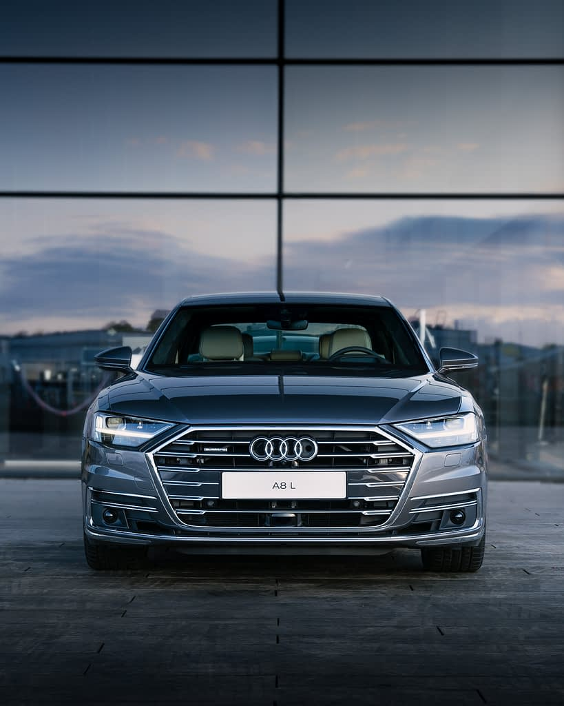 Audi-A8-Skuespilhuset-front